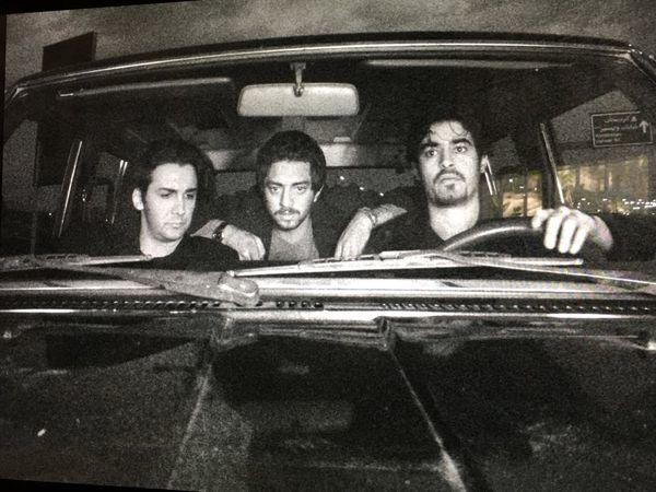 ماشین سواری شهاب حسینی و دوستانش در جوانی + عکس