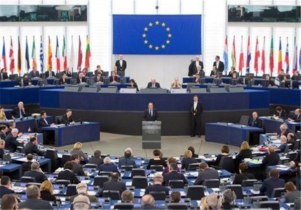 از مبادلات ایران و اروپا دلار میشود