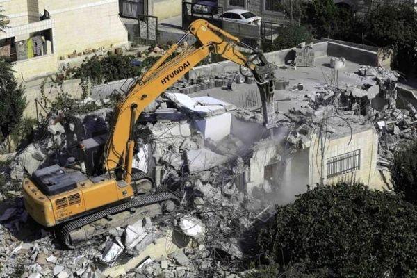 صهیونیست ها به تخریب منازل عاملان عملیات استشهادی اعتراف کردند