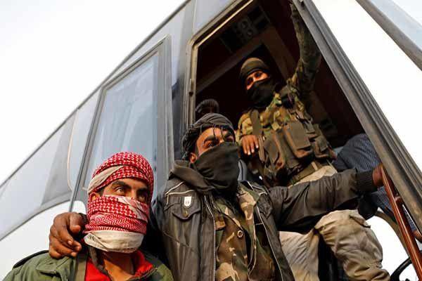 آغاز خروج تروریستها از شهر راهبردی «الضمیر» در حومه دمشق