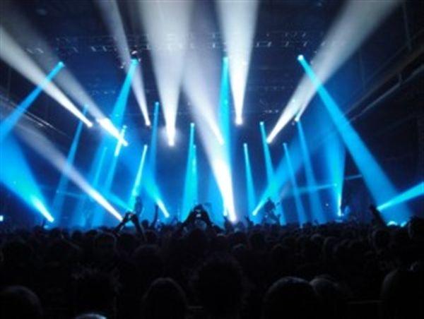 آخرین کنسرتهای قبل از فراسیدن محرم و صفر برگذار میشوند+عکس