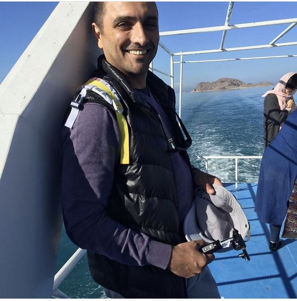 امین زندگانی سوار بر کشتی تفریحی + عکس