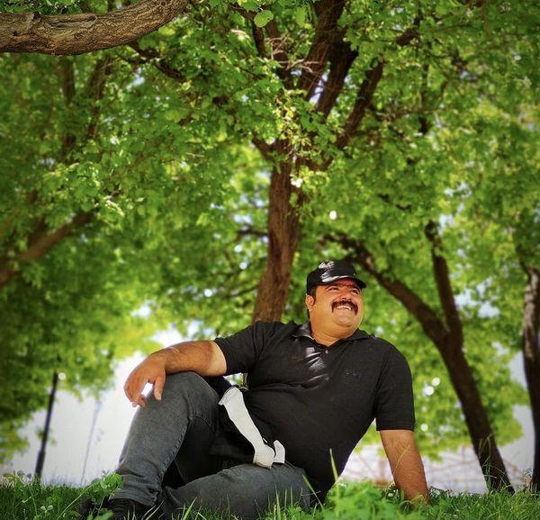 بازیگر توپولی نون خ در یک پارک + عکس