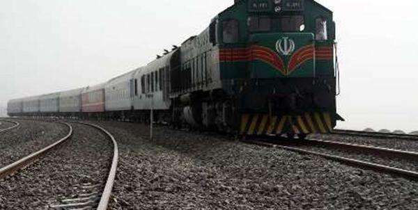 طوفان شن، قطار زاهدان ـ کرمان را از ریل خارج کرد
