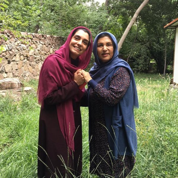 همسر امین زندگانی همراه با رویا تیموریان در باغ+عکس