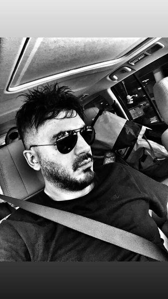 نیم شاهرخ شاهی و ماشین شخصیش + عکس