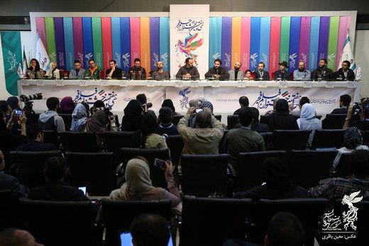 جای خالی علی نصیریان در شب اکران فیلمش در جشنواره فجر