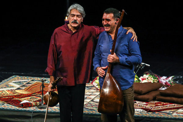 اجرای آنلاین کیهان کلهر با اردال ارزنجان + عکس