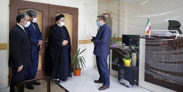 بازدید سرزده رئیس قوه قضاییه از مجتمع قضایی شهید قدوسی اردبیل+ عکس