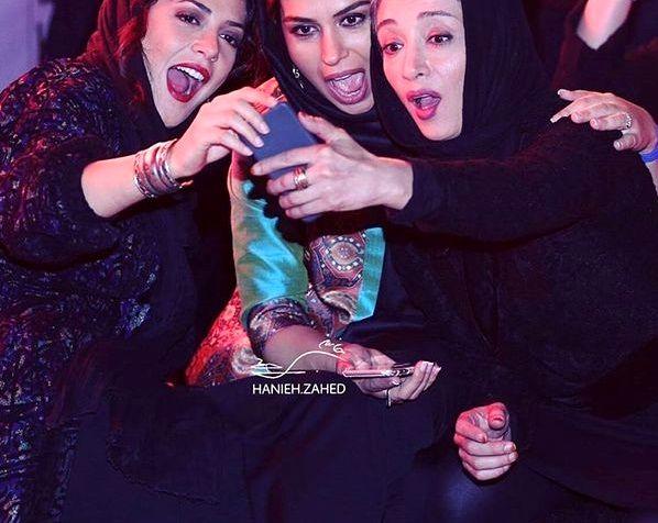 سلفی عجیب زنان بازیگران معروف!+عکس