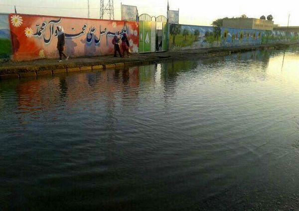 مدرسهای که زیر آب رفت