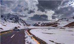الزام تردد با زنجیرچرخ در ۴ محور/۲۲ استان درگیر سیل، برف و کولاک هستند