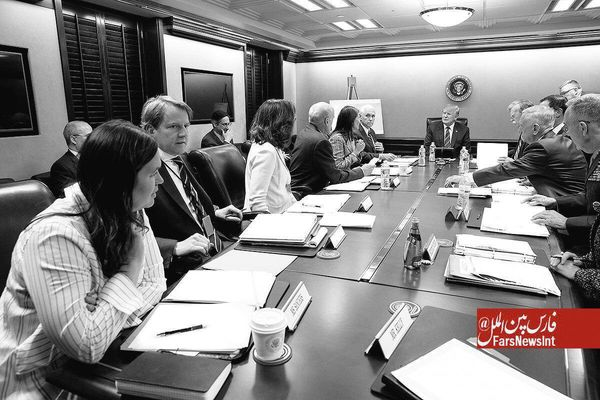 اتاق جنگ آمریکا در زمان حمله موشکی به سوریه