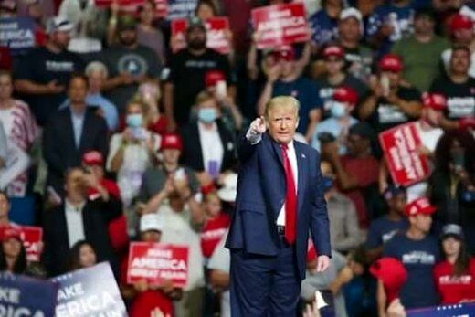 ترامپ خبرنگاران را رسما تحریم کرد