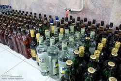 دستگیری سه متهم فروش مشروبات الکی تقلبی در کرج