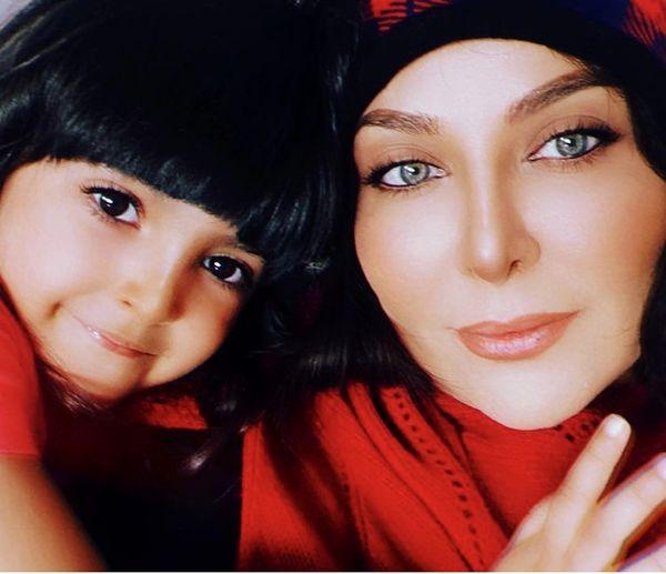 فقیهه سلطانی و دخترش + عکس