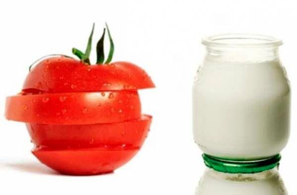 گوجه فرنگی و ماست