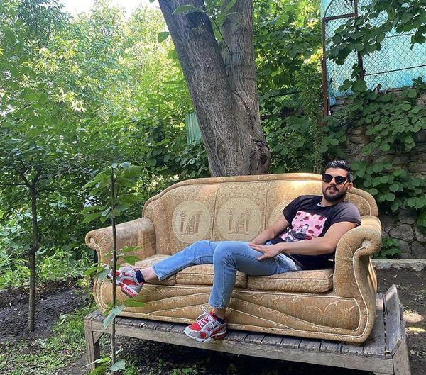استراحت آقازادهمشهور وسط باغ زیبا + عکس