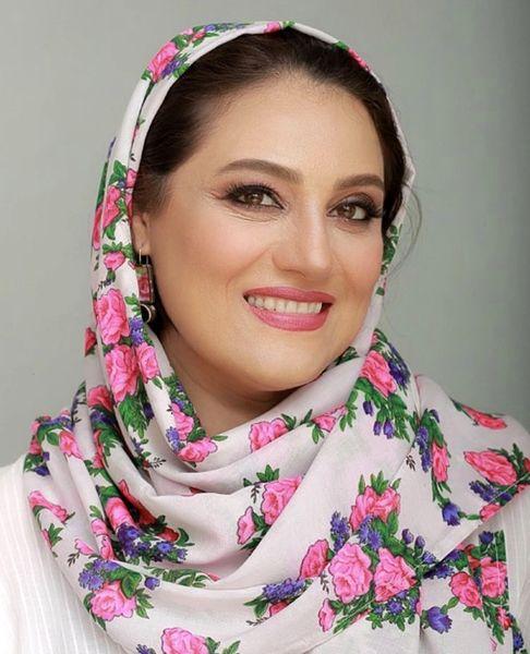 شال گل گلی شبنم مقدمی + عکس