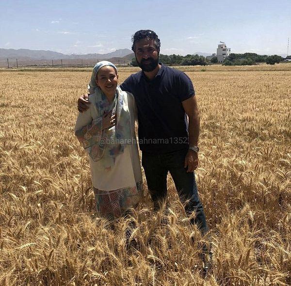 بهاره رهنما  همسرش در گندم زاری زیبا + عکس