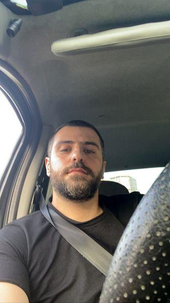 سلفی علی ضیا در ماشین + عکس