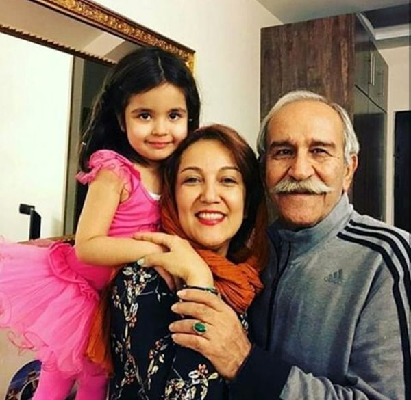 عکس پانته آ بهرام  در کنار پدر و خواهر زاده نازنازیش