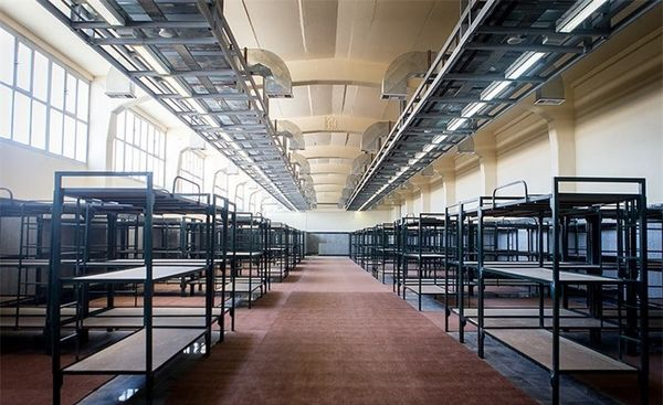 تبدیل و تلفیق تحمیلی اردوگاههای نگهداری محکومان مواد مخدر