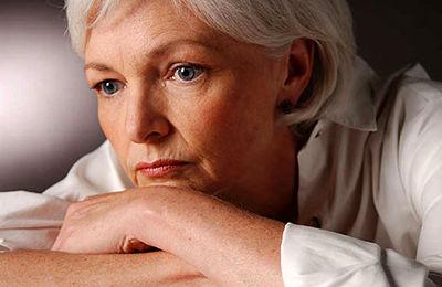 دلیل بی حوصلگی زنان بالای 50 سال و تمایل شوهرشان به ازدواج مجدد چیست؟