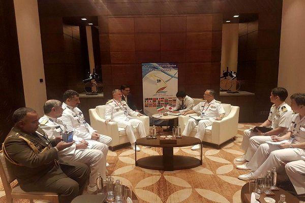 دیدار دریادار خانزادی با فرماندهان نیروهای دریایی چین و روسیه