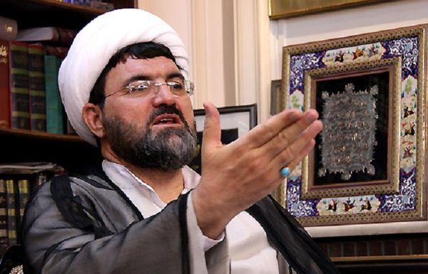 امام دستور داد نام چه کسی را از بین موسسین سپاه خارج کند؟