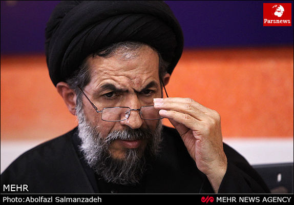 بارها درباره حلقه انحراف با احمدینژاد گفتگو کردم