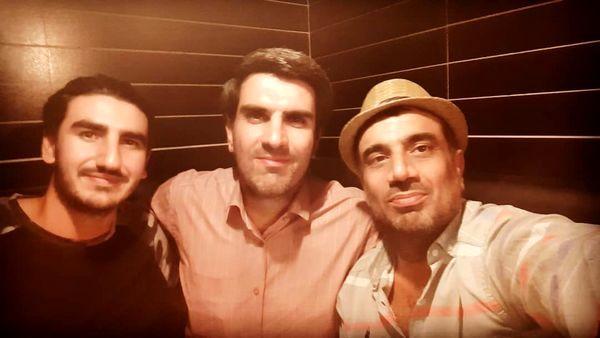 سلفی نصرالله رادش با دوتا از دوستانش + عکس