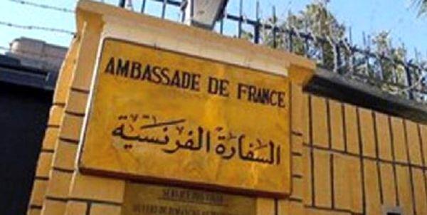 تدابیر شدید امنیتی مقابل سفارت فرانسه در بغداد+ عکس