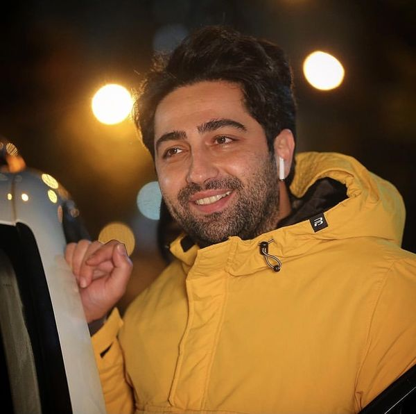 علی سخنگو در یک شب سرد پاییزی + عکس