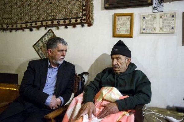 دیدار سیدعباس صالحی با محمود زندمقدم