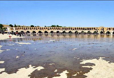 حجم آب در سد زایندهرود به 156 میلیون مترمکعب رسیده است