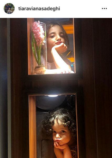 دختران زیبای رضا صادقی در ویترین+عکس