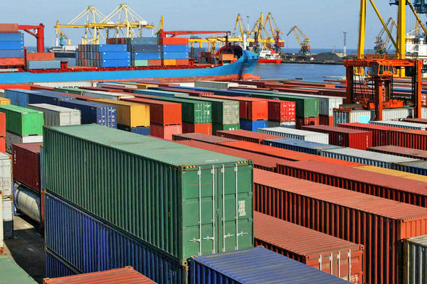 پیشبینی افزایش صادرات غیرنفتی تا 55 میلیارد دلار