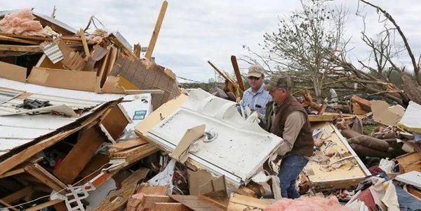 ضربه سنگین طوفان دلتا به تأسیسات نفتی آمریکاییها