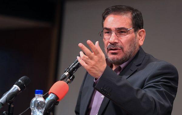 شمخانی: غرب از سر استیصال سرمایههای علمی ایران را هدف قرار داد