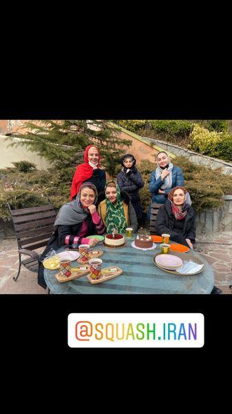 شبنم فرشاد جو در تولد دوستش در باغ + عکس