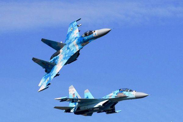 یک فروند جنگنده سوخو در اوکراین سقوط کرد