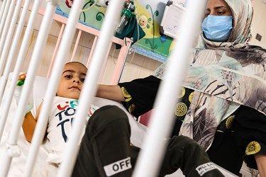 حضور والدین بر بالین کودک در بخش کرونا بیمارستان کودکان مفید