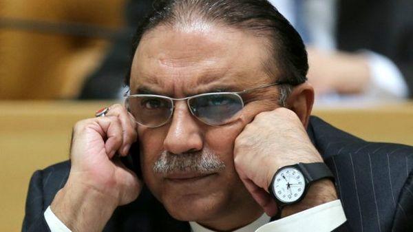 پاکستان آصف علی زرداری،رئیسجمهور سابق را ممنوع الخروج کرد