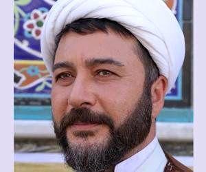 امیرحسین صدیق در نقش روحانی ساکن طبقه دوم شد! + عکس
