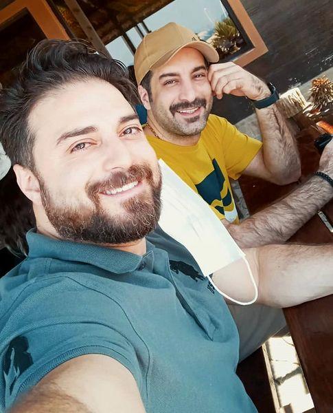 بابک جهانبخش و دوستش در سفر + عکس
