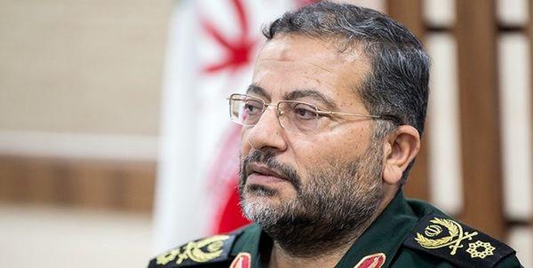 پیام تبریک سردار سلیمانی به فرمانده کل ارتش به مناسبت روز ارتش