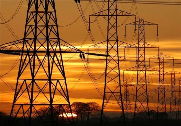 افزایش پیک مصرف برق کشور در اول هفته