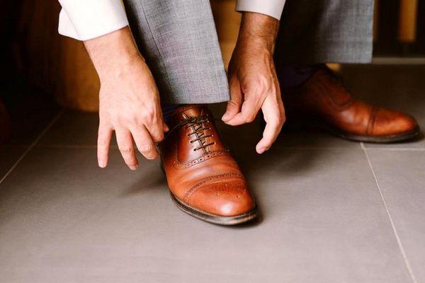 چطور کفش مجلسی و رسمی مردانه را درست انتخاب کنیم؟