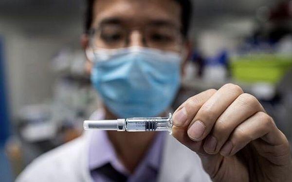 مقام چینی واکسن کرونا را روی خود آزمایش کرد